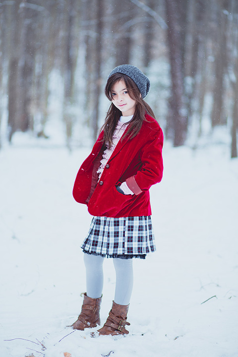 Audrey-in-Snow-5